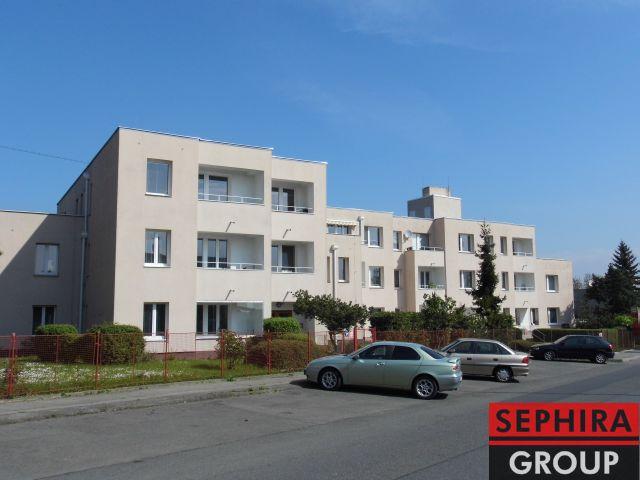 Pronájem bytu 1+1, P5, Hlubočepy, ul. Lumiérů, 36 m2, nezařízeno, ihned volné