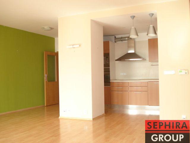 Pronájem bytu 3+KK s balkónem, P8, Libeň, ul. Nad Okrouhlíkem, 92 m2, nezařízeno, ihned volné