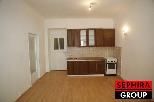 Pronájem bytu 2+KK, P4, Nusle, ul. V Luhu, 49 m2, OV, po rekonstrukci, ihned volné