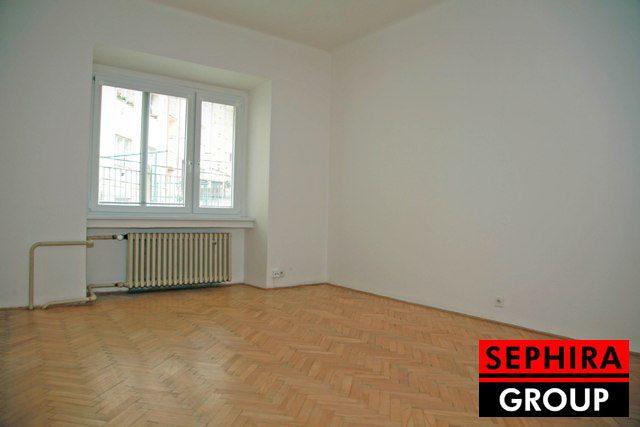 Prodej bytu 1+1, P4, Nusle, Družstevní ul., 42,7 m2, OV, před rekonstrukcí, ihned volné