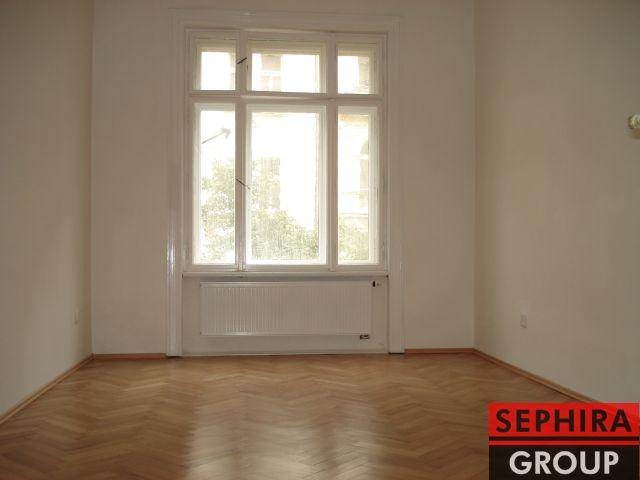 Pronájem bytu 2+1 s balkónem, P2, Vinohrady, Chodská ul., 68 m2, nezařízeno, ihned volné