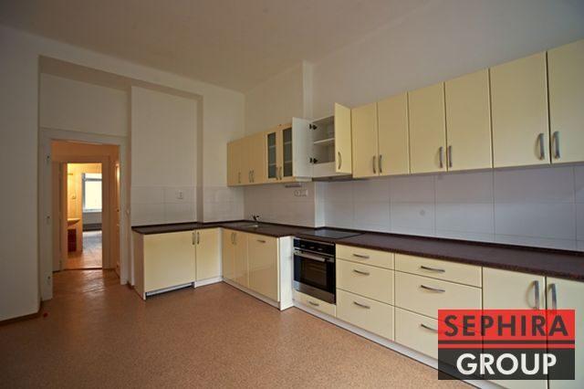 Pronájem bytu 3+1 s balkónem, P6, Dejvice, ul. Národní obrany, 110 m2, nezařízeno, ihned volné