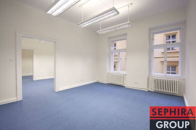 Pronájem 4 kanceláří, P1, Nové Město, Klimentská ul., 95 m2, nezařízeno, ihned volné