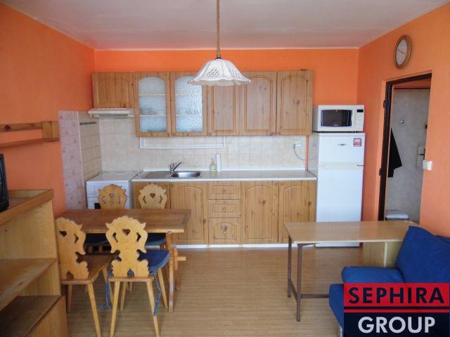Pronájem bytu 1+1 s lodžií, P10, Záběhlice, Jabloňová ul., 34 m2, zařízeno, ihned volné