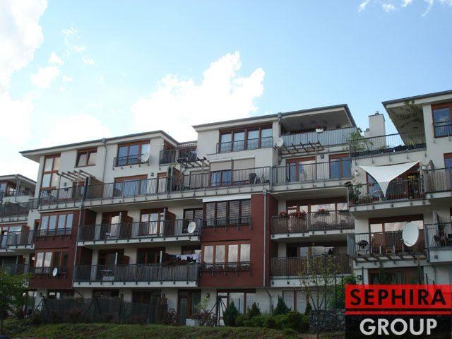 Prodej bytu 2+KK s lodžií, P5, Smíchov, Jeřabinová ul., 52 m2, OV, ihned volné
