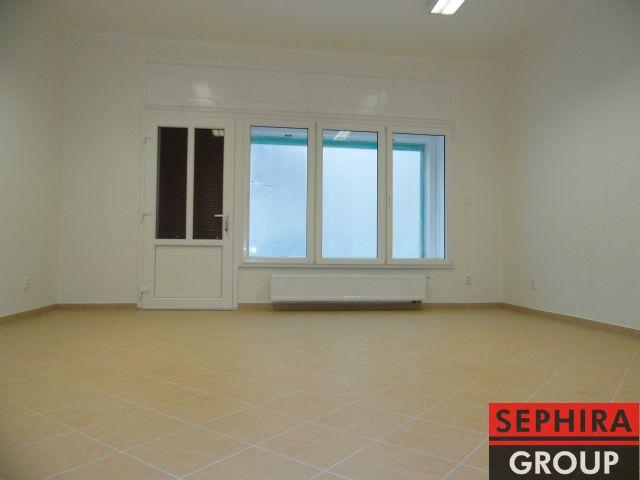 Pronájem nebytového prostoru, P2, Vinohrady, Čerchovská ul., 50 m2, nezařízeno, ihned volné