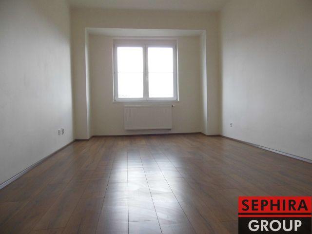 Pronájem bytu 2+KK, P10, Vršovice, Přípotoční ul., 48 m2, nezařízeno, ihned volné