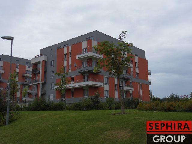 Pronájem bytu 2+KK s lodžií a garáží, P5, Zličín, Sazovická ul., 61 m2, zařízeno, ihned volné