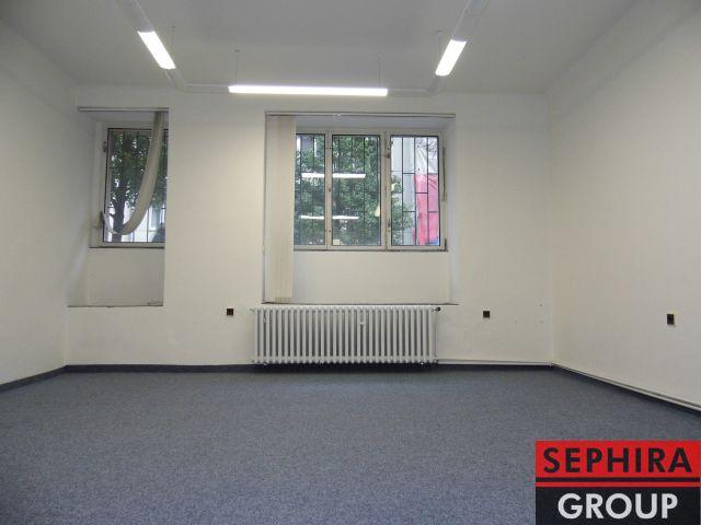 Pronájem 2 kanceláří, Eliášova ul., P6, Bubeneč, 57 m2, nezařízeno, ihned volné