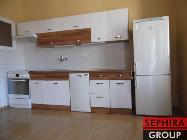 Pronájem bytu 3+KK s balkónem, P6, Bubeneč, Eliášova ul., 90 m2, část. zař./nezař., ihned volné