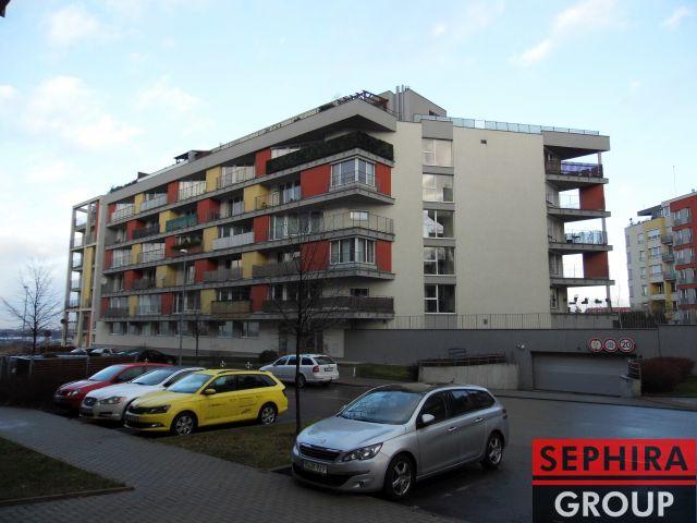 Pronájem bytu 2+KK s lodžií a garáží, P5, Zličín, Tulešická ul., 58 m2, zařízeno, ihned volné