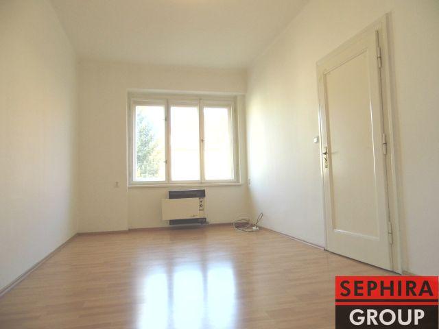 Pronájem bytu 2+KK, P4, Nusle, U Čtyř domů., 50 m2, nezařízeno, volné od 1. 11. 2019