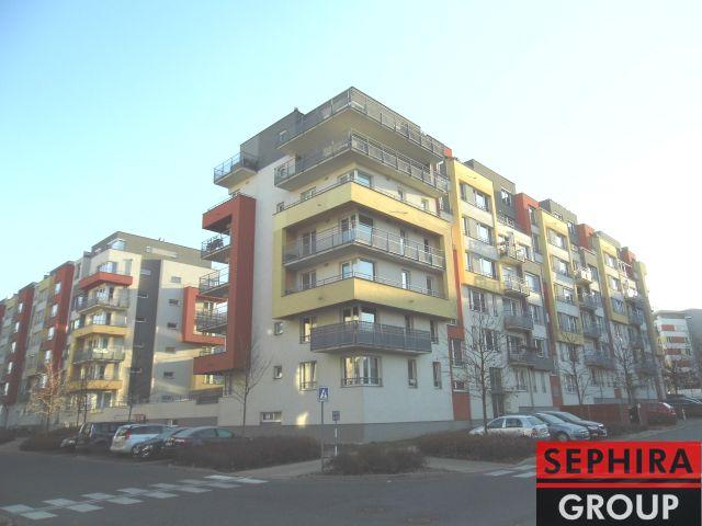 Pronájem bytu 1+KK s lodžií, P5, Zličín, Míšovická ul., 30 m2, zařízeno, ihned volné