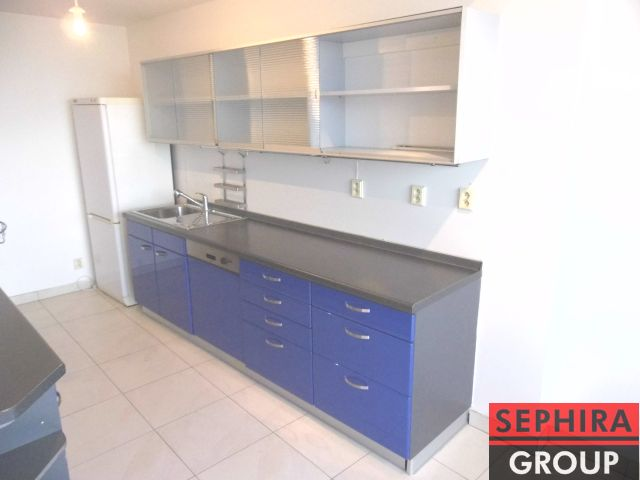 Pronájem bytu 3+KK s 2 terasami + pracovna, P8, Libeň, Ronkova ul., 109 m2, nezařízeno, ihned volné