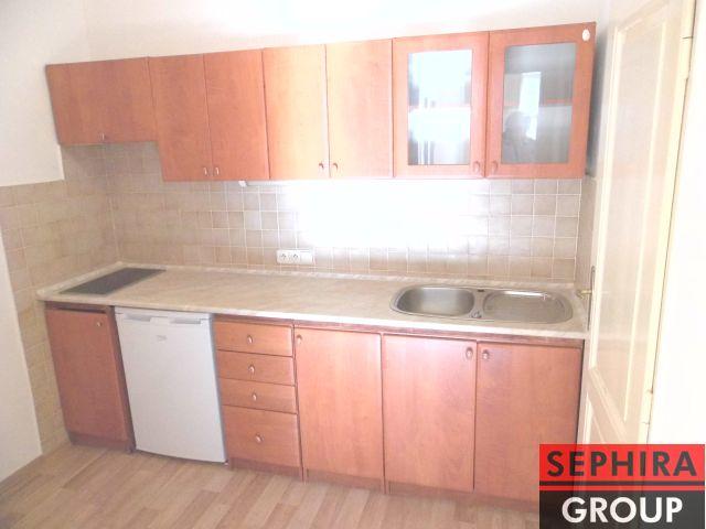 Pronájem bytu 1+KK, P6, Bubeneč, Eliášova ul., 33 m2, nezařízeno, ihned volné