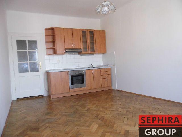 Pronájem bytu 2+KK, P8, Libeň, Ronkova ul., 47,5 m2, nezařízeno, ihned volné