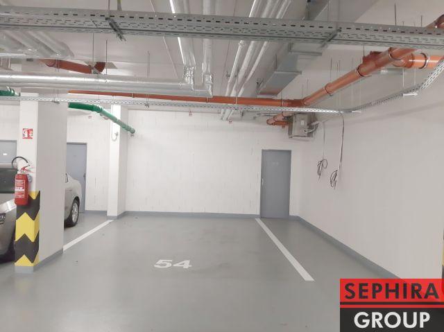 Pronájem 1 - 2 garážových stání, Klausova ul., P5, Stodůlky, ihned volné k využití