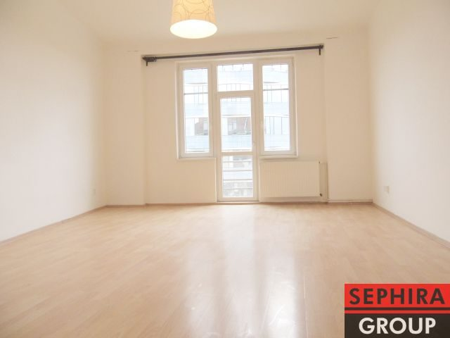 Pronájem bytu 2+KK s balkónem, P9, Libeň, Sokolovská ul., 58 m2, nezařízeno, ihned volné